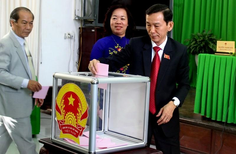TP Cần Thơ có tân chủ tịch là tiến sĩ kinh tế - ảnh 2