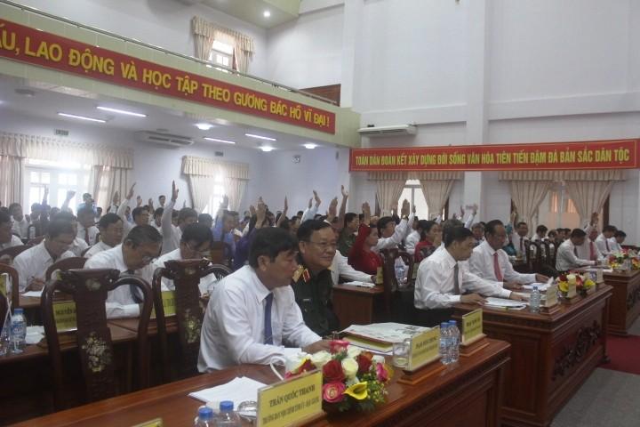 Ông Huỳnh Thanh Tạo tái đắc cử chủ tịch HĐND tỉnh Hậu Giang  - ảnh 4