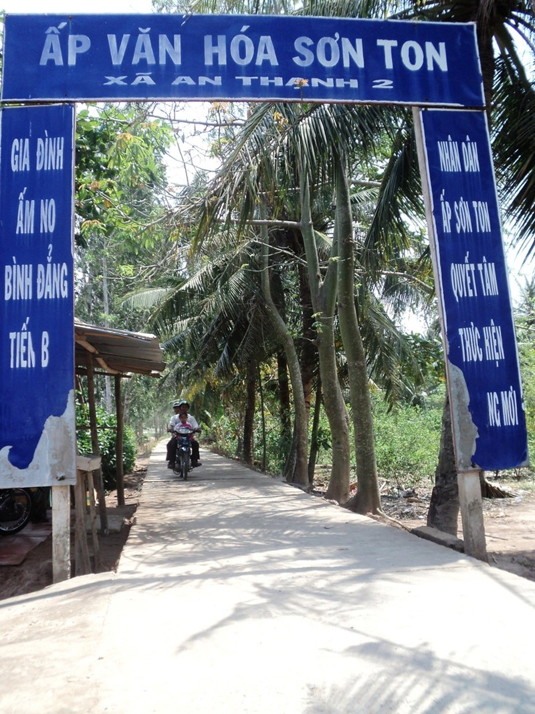 Phát hiện thi thể 2 bé gái dưới con rạch ở Cù Lao Dung - ảnh 1