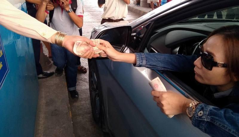 Nữ tài xế khiến BOT Cai Lậy 'thất thủ' xả trạm lần 7 - ảnh 2