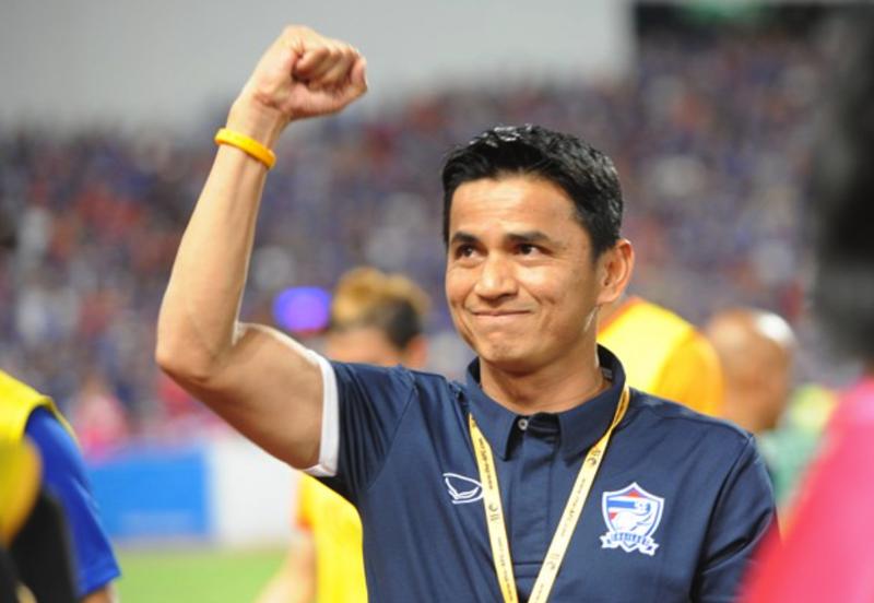Thái Lan vỡ mộng World Cup, đe dọa AFF Cup - ảnh 1