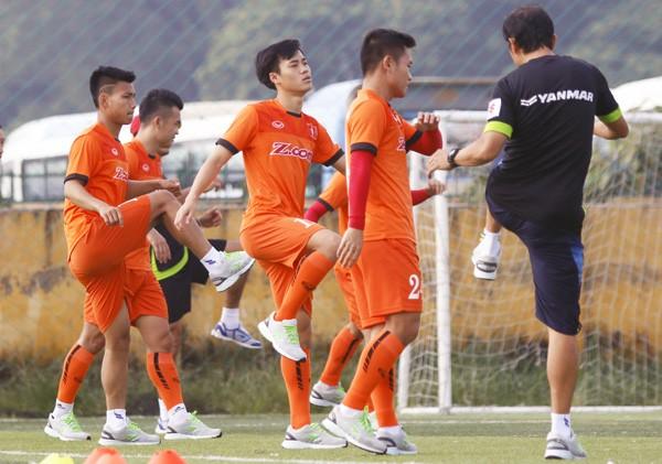 Đội tuyển Việt Nam có đợt thử lửa đầu tiên gặp Seoul