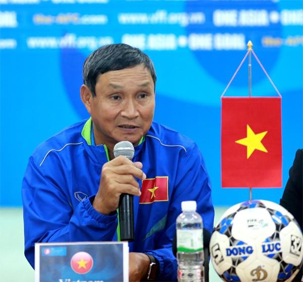 U-19 nữ Việt Nam noi gương đồng nghiệp nam - ảnh 1