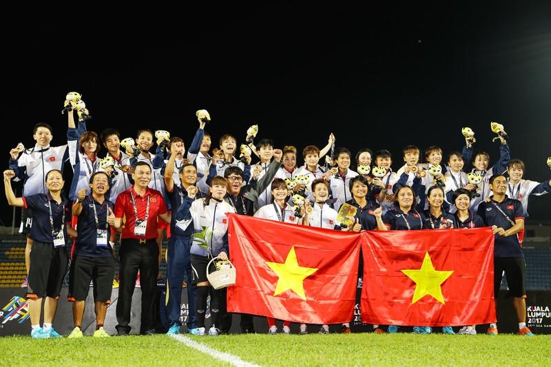 Nóng: Cầu thủ nữ Việt Nam có bầu vẫn đá SEA Games - ảnh 1