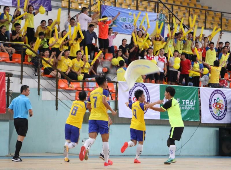 Đại học HUTECH vô địch giải Futsal sinh viên TP.HCM - ảnh 4