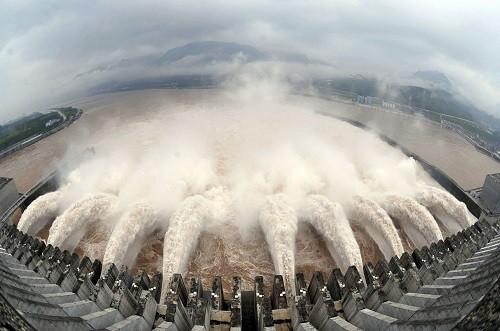Lũ lụt xảy ra liên tiếp ở Trung Quốc
