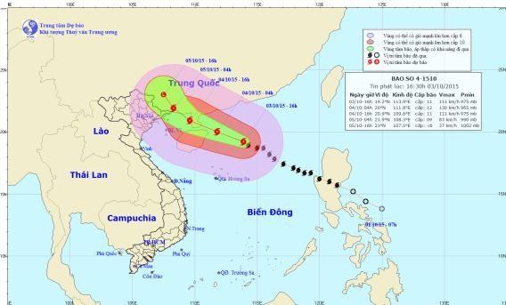 Bão số 4 giật cấp 13-14 trên biển Đông đang tiến vào đất liền - ảnh 1