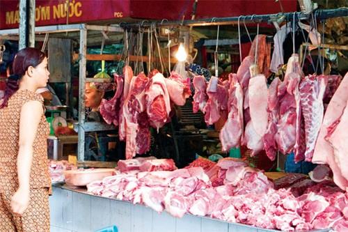Chất cấm trong chăn nuôi đe dọa sức khỏe người Việt - ảnh 1
