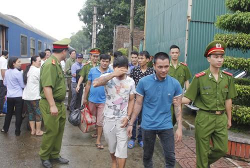 Bắt giữ sáu người trốn truy nã tại TP.HCM, Đồng Nai - ảnh 1