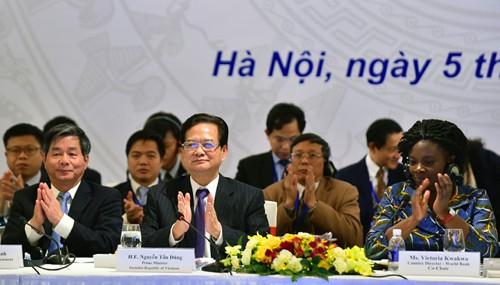 Thủ tướng Nguyễn Tấn Dũng: Quyền lực của nhà nước thuộc về nhân dân - ảnh 2