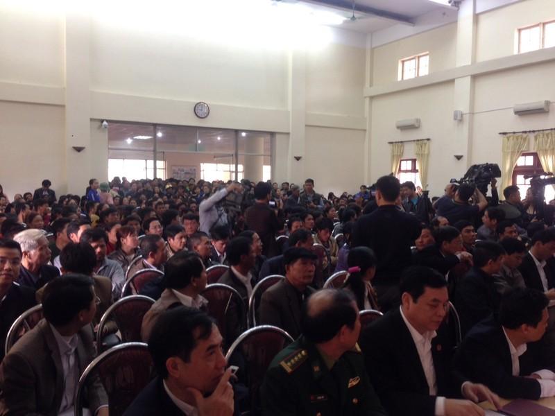 Ngư dân Sầm Sơn: 'Chúng tôi chỉ cần... 1 km bờ biển' - ảnh 1