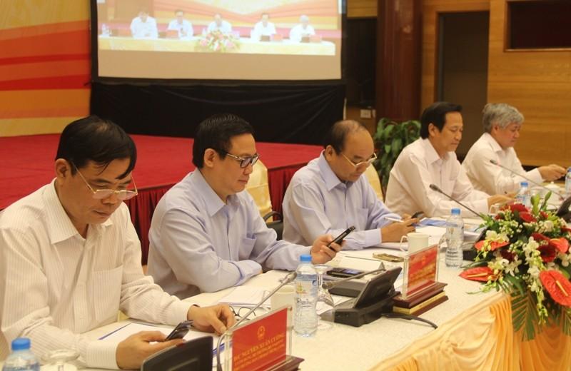 Thủ tướng Nguyễn Xuân Phúc nhắn tin ủng hộ người nghèo - ảnh 1