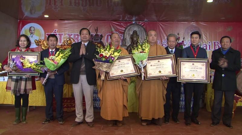 Một ngôi chùa được công nhận bốn kỷ lục Việt Nam - ảnh 2