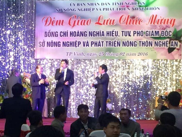 Nghệ An: Tổ chức giao lưu, chúc mừng bí thư huyện về làm phó giám đốc sở  - ảnh 1