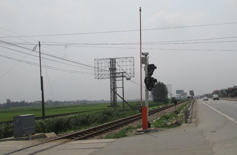 Bí thư Đảng ủy xã qua đường sắt bị tàu hỏa tông chết - ảnh 1