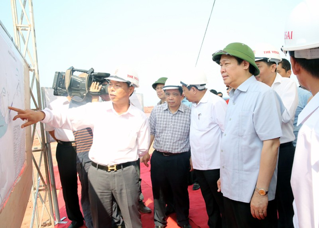 Phó Thủ tướng Vương Đình Huệ khảo sát dự án cảng biển ở Nghệ An - ảnh 2