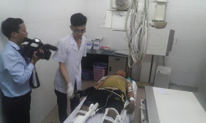 Chùm ảnh: Kinh hoàng vụ nổ xe khách ở Lào, 8 người Việt tử vong - ảnh 11