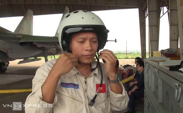 Su-30MK2 gặp nạn: Họp bàn phương án tìm kiếm thượng tá Khải - ảnh 4