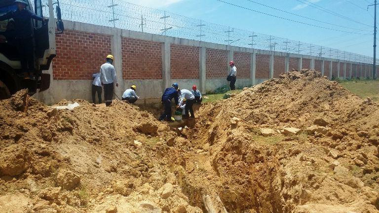 bít đường ống xả thải trái phép chạy từ dự án Formosa