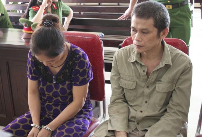 2 vợ chồng vào tù vì buôn heroin  - ảnh 2