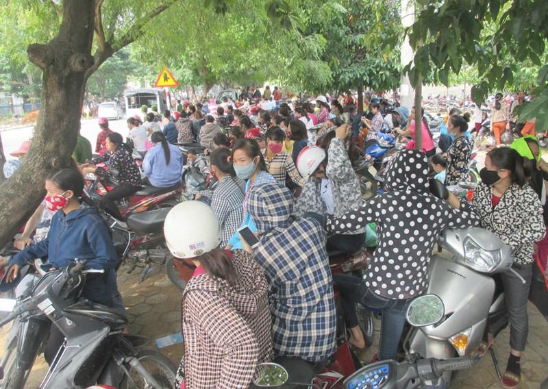 Nghệ An: Hơn 2.500 công nhân ngừng việc đòi quyền lợi - ảnh 1