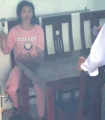 Dân truy đuổi giải cứu bé trai 2 tuổi nghi bị bắt cóc - ảnh 3