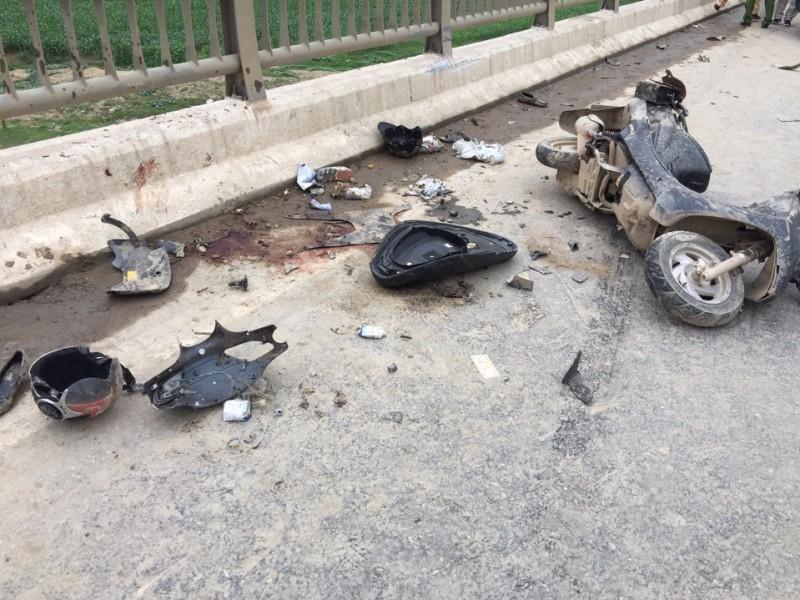4 người trong một gia đình bị tai nạn, 2 người tử vong - ảnh 3