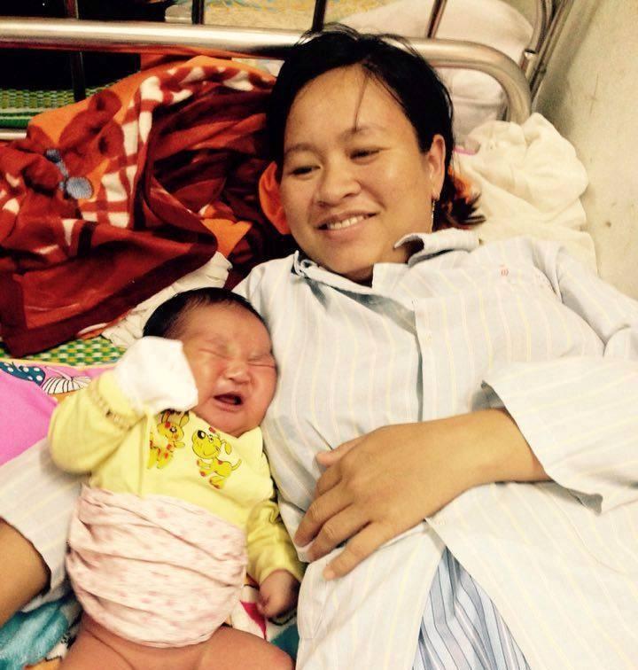 Bé trai vừa chào đời đã nặng gấp đôi trẻ khác - ảnh 1