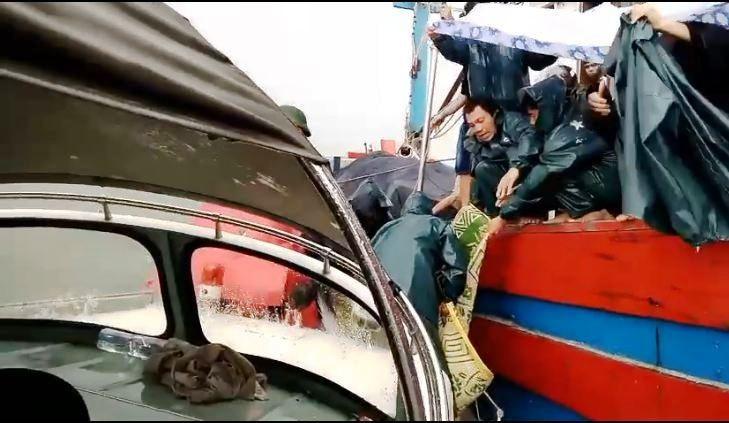 Kéo lưới đứt dây tời, 1 ngư dân tử vong trên biển - ảnh 1