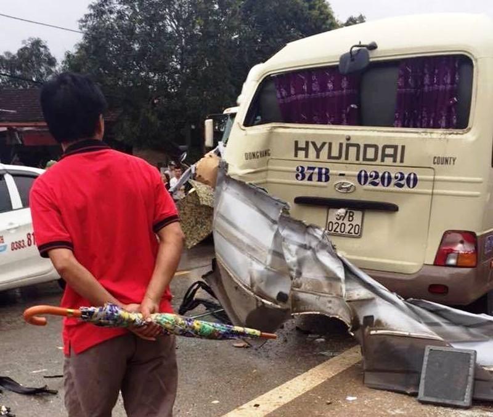 Cận cảnh tai nạn thương tâm làm 6 người tử vong - ảnh 7