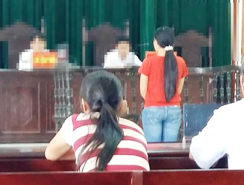 Tình huống bất ngờ tại phiên tòa xử vụ đánh ghen - ảnh 1