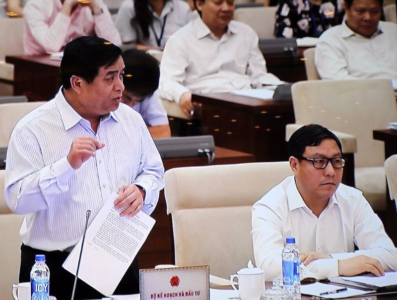 """Bộ trưởng Nguyễn Chí Dũng: """"Có những vấn đề nhỏ, nhưng nếu sửa được thì sẽ có tác dụng lớn"""". Ảnh: CHÂN LUẬN"""