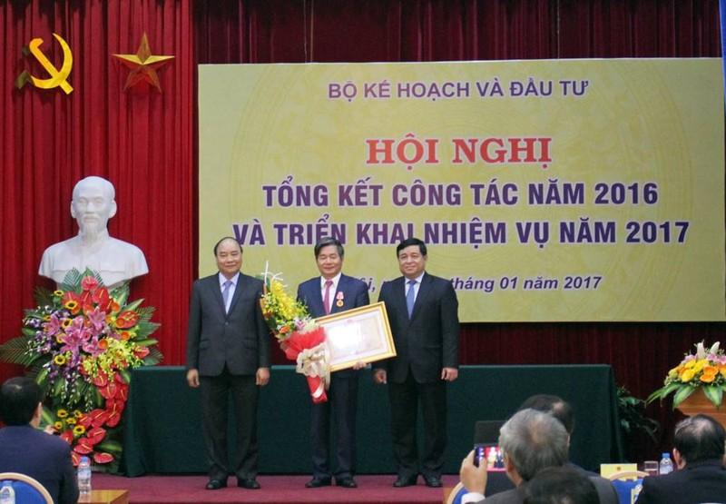 Ông Bùi Quang Vinh được tặng thưởng huân chương Độc lập - ảnh 1