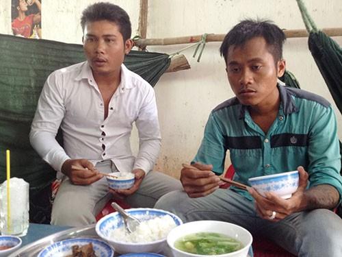 Thạch Sô Phách (trái) và Trần Hol - 2 trong 7 thanh niên bị bắt oan - Ảnh: Ph.Công