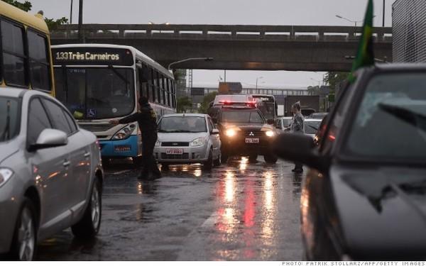 10 thành phố bị tắc đường kinh khủng nhất vào giờ cao điểm - ảnh 6
