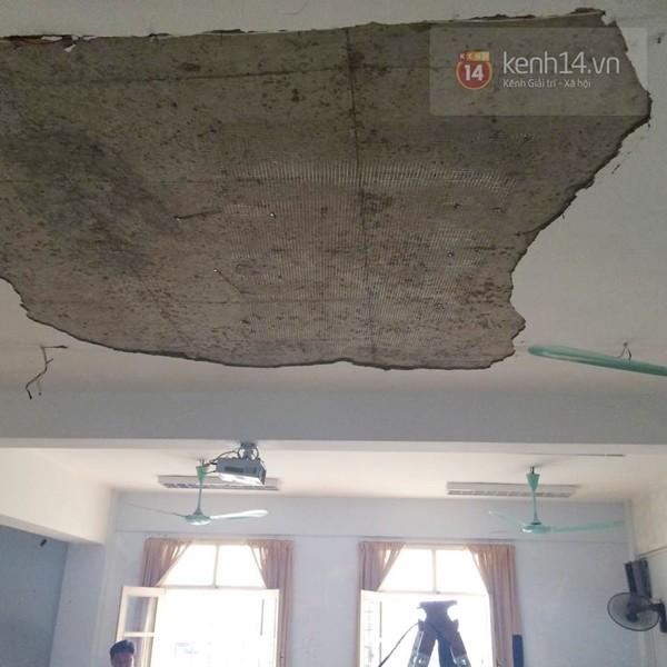 Trần nhà Trường Đại học Hà Nội đổ sập, 1 nữ sinh bất tỉnh - ảnh 3
