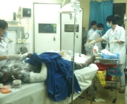 Một trong 6 bệnh nhân đang được điều trị tích cực tại Bệnh viện Việt Nam - Thụy Điển.