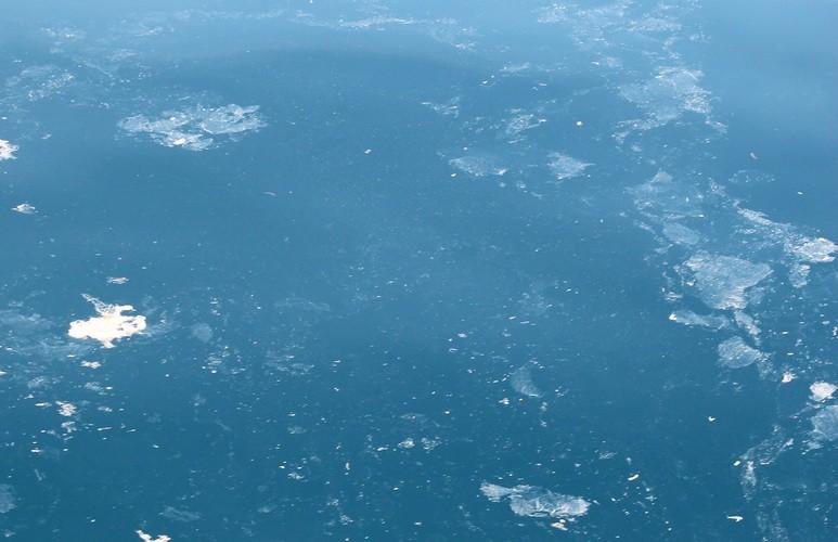 Đặc công nước tiếp cận hiện trường máy bay Su 22 mất tích - ảnh 2