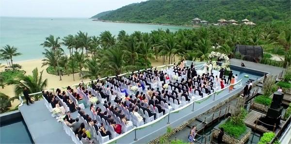 Đám cưới tiền siêu sang của cặp đôi Singapore tại resort Đà Nẵng - ảnh 4