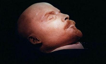 Kỹ thuật bảo quản giúp bảo vệ thi hài Lenin hơn 90 năm qua. Ảnh: AP.