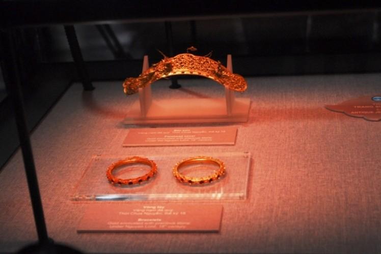 Trưng bày bộ sưu tập 100 món trang sức cổ của người Việt  - ảnh 3