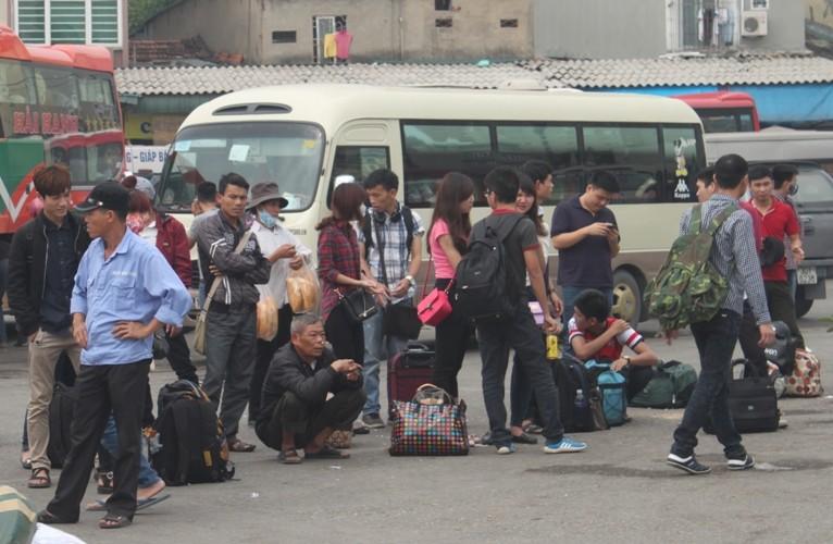 Hàng ngàn xe ô tô ùn tắc trên đường cao tốc Ninh Bình – Cầu Giẽ - ảnh 4