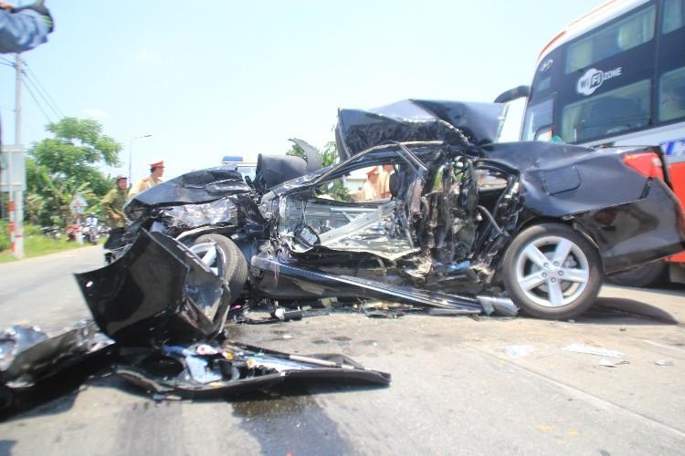 Hiện trường vụ tai nạn thảm khốc ở Đà Nẵng - ảnh 5
