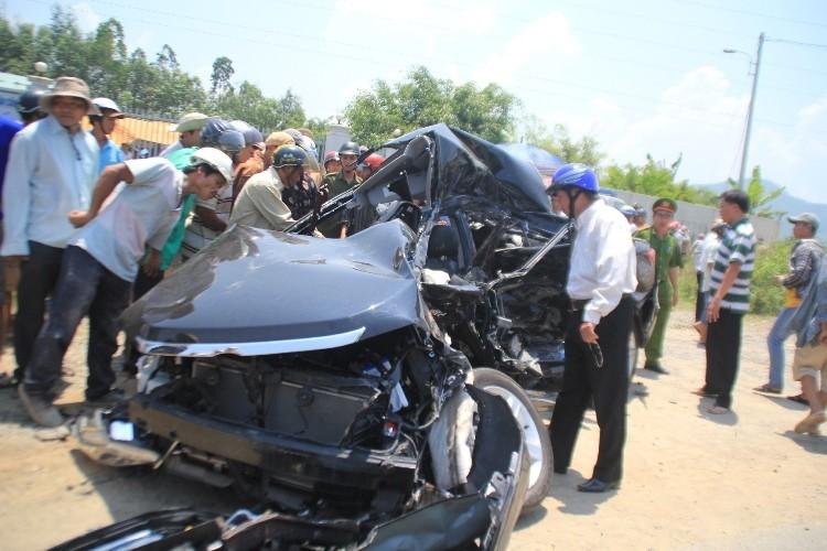 Hiện trường vụ tai nạn thảm khốc ở Đà Nẵng - ảnh 7