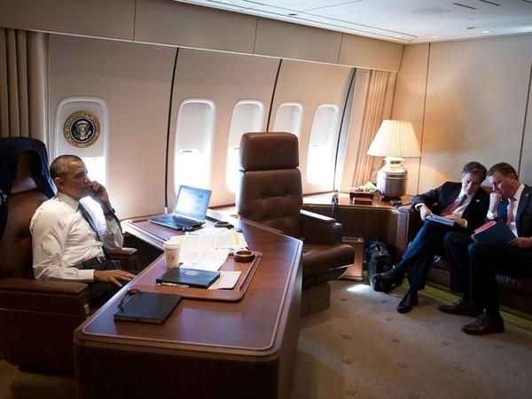 Choáng với 'siêu pháo đài bay' có 1 không 2 của tổng thống Obama - ảnh 5