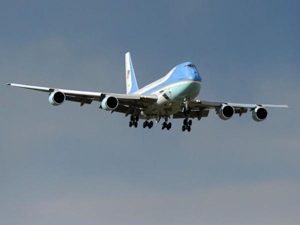 Choáng với 'siêu pháo đài bay' có 1 không 2 của tổng thống Obama - ảnh 2