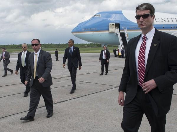 Choáng với 'siêu pháo đài bay' có 1 không 2 của tổng thống Obama - ảnh 9