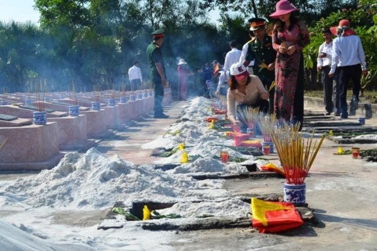 Lễ tiếp nhận, truy điệu hài cốt 26 liệt sỹ hi sinh tại chiến trường Lào - ảnh 4