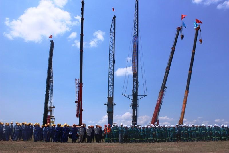 Thủ tướng phát lệnh khởi công xây dựng nhà máy điện trên 2 tỉ USD - ảnh 2