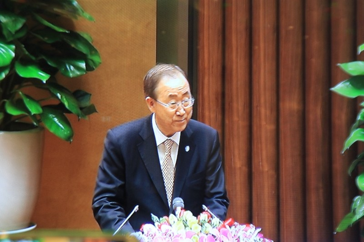 Tổng thư ký LHQ: 'Tôi xin được nghiêng mình cúi đầu trước những người VN dũng cảm' - ảnh 2